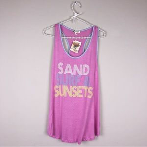 Sand , surf and sunsets! Graphic Tank top